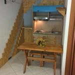 Monolocale angolo cucina